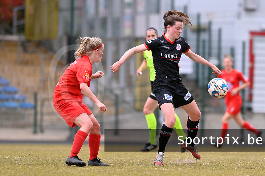 Summer Rogiers (8) of Zulte-Waregem and Jana Simons (8) of Woluwe  pictured during a female soccer game between FC Femina White Star Woluwe and SV Zulte Waregem on the fifth matchday of play off 2 in the 2020 - 2021 season of Belgian Scooore Womens Super League , Saturday 8 th of May 2021  in Woluwe , Belgium . PHOTO SPORTPIX.BE   SPP   DAVID CATRY