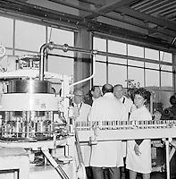 Juni 1971. Conservenfabriek van Liebig.