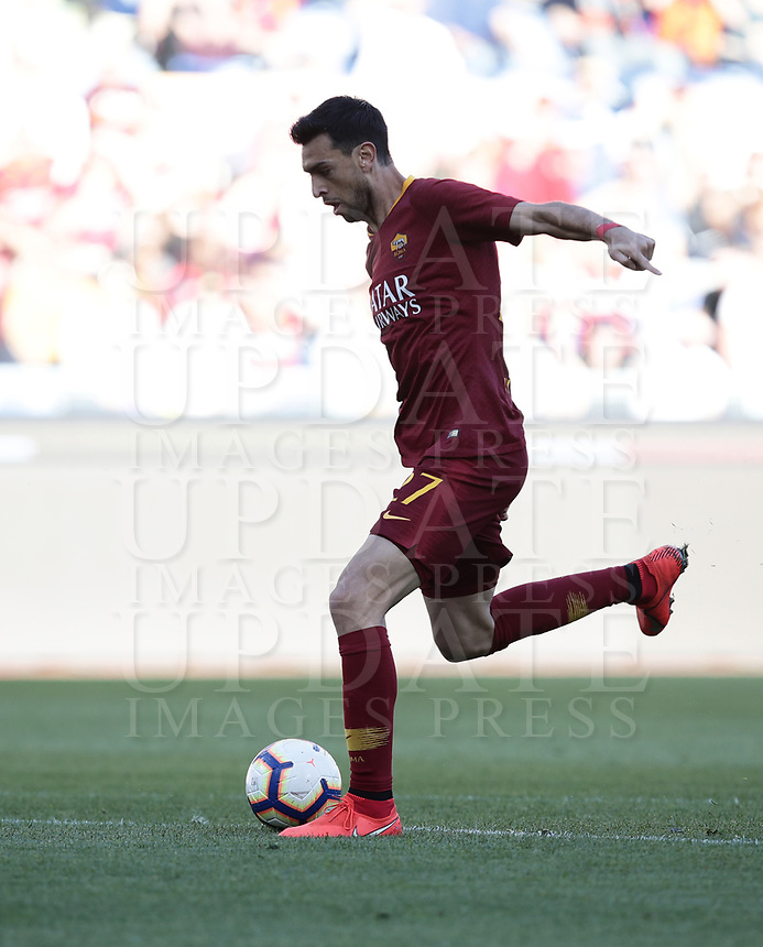 Football, Serie A: AS Roma - Cagliari, Olympic stadium, Rome, April 27, 2019. <br /> Roma's Javier Pastore scores during the Italian Serie A football match between AS Roma and Cagliari, on April 27, 2019. <br /> UPDATE IMAGES PRESS/Isabella Bonotto