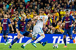 Karim Benzema (R) of Real Madrid fights for the ball with Ivan Rakitic of FC Barcelona during the La Liga 2017-18 match between FC Barcelona and Real Madrid at Camp Nou on May 06 2018 in Barcelona, Spain. Photo by Vicens Gimenez / Power Sport Images