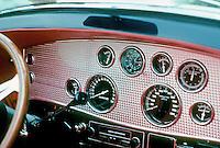 Cars: Dusenberg, Dash. Photo '78.