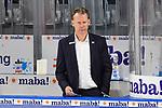 Mannheims Co-Trainer Mike Pellegrims  beim Spiel des MAGENTA SPORT CUP 2020, Adler Mannheim (blau) - EHC Red Bull Muenchen (weiss).<br /> <br /> Foto © PIX-Sportfotos *** Foto ist honorarpflichtig! *** Auf Anfrage in hoeherer Qualitaet/Aufloesung. Belegexemplar erbeten. Veroeffentlichung ausschliesslich fuer journalistisch-publizistische Zwecke. For editorial use only.