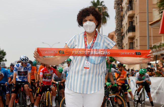 Getting ready for the start of Stage 9 of La Vuelta d'Espana 2021, running 188km from Puerto Lumbreras to Alto de Velefique, Spain. 22nd August 2021.     <br /> Picture: Luis Angel Gomez/Photogomezsport | Cyclefile<br /> <br /> All photos usage must carry mandatory copyright credit (© Cyclefile | Luis Angel Gomez/Photogomezsport)