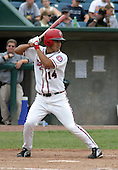August 31, 2003:  Robinson Chirinos of the Lansing Lugnuts, Class-A affiliate of the Chicago Cubs, during a Midwest League game at Oldsmobile Park in Lansing, MI.  Photo by:  Mike Janes/Four Seam Images