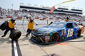 NASCAR Xfinity Series<br /> ToyotaCare 250<br /> Richmond International Raceway, Richmond, VA USA<br /> Saturday 29 April 2017<br /> Daniel Suarez, Juniper Toyota Camry pit stop<br /> World Copyright: Russell LaBounty<br /> LAT Images<br /> ref: Digital Image 17RIC1Jrl_4333