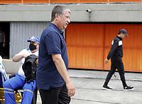 ENVIGADO - COLOMBIA, 28–02-2021: Hernan Dario Gomez, tecnico de Deportivo Independiente Medellin, durante partido entre Envigado F. C. y Deportivo Independiente Medellin de la fecha 10 por la Liga BetPlay DIMAYOR I 2021, en el estadio Polideportivo Sur de la ciudad de Envigado. / Hernan dario Gomez, coach of Deportivo Independiente Medellin during a match between Envigado F. C., and Deportivo Independiente Medellin of the 10th date for the BetPlay DIMAYOR I 2021 League at the Polideportivo Sur stadium in Envigado city. Photo: VizzorImage / Juan A. Cardona / Cont.