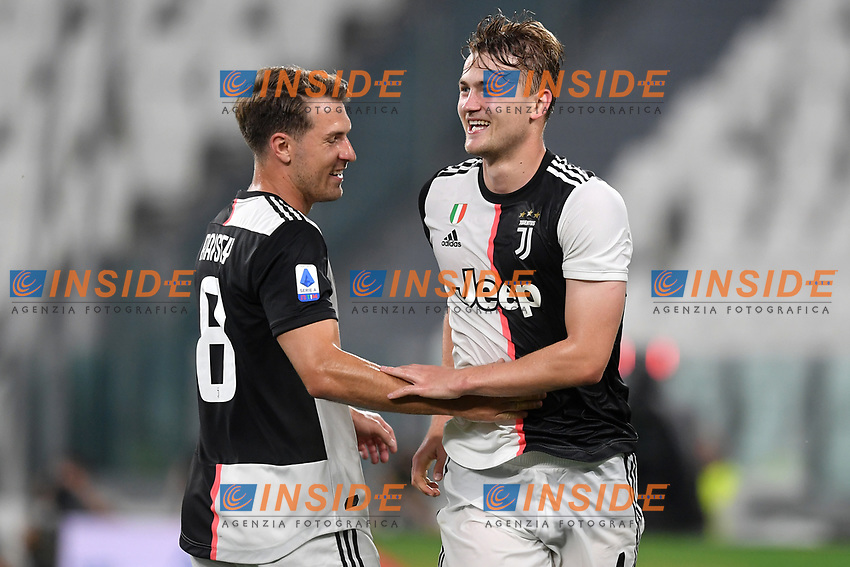 Matthijs de Ligt of Juventus celebrates with Aaron Ramsey after scoring the goal of 4-0 during the Serie A football match between Juventus FC and US Lecce at Juventus stadium in Turin  ( Italy ), June 26th, 2020. Play resumes behind closed doors following the outbreak of the coronavirus disease. Photo Andrea Staccioli / Insidefoto