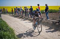 Ian Stannard (GBR/SKY) chasing over the cobbles<br /> <br /> 115th Paris-Roubaix 2017 (1.UWT)<br /> One Day Race: Compiègne › Roubaix (257km)