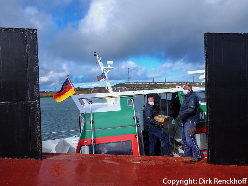 Fähre am Dünenhafen, Insel Helgoland, Schleswig-Holstein, Deutschland, Europa<br /> ferry at dune harbor, Helgoland island, district Pinneberg, Schleswig-Holstein, Germany, Europe