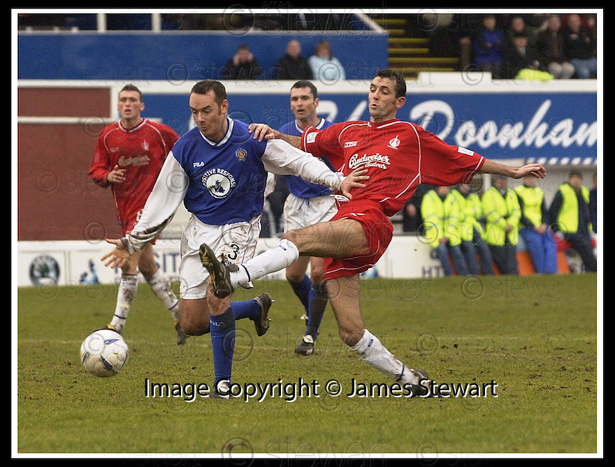01/03/2003                   Copyright Pic : James Stewart.File Name : stewart-qots v falkirk 04.DEREK ANDERSON BLOCKS OWEN COYLE.....James Stewart Photo Agency, 19 Carronlea Drive, Falkirk. FK2 8DN      Vat Reg No. 607 6932 25.Office     : +44 (0)1324 570906     .Mobile  : +44 (0)7721 416997.Fax         :  +44 (0)1324 570906.E-mail  :  jim@jspa.co.uk.If you require further information then contact Jim Stewart on any of the numbers above.........
