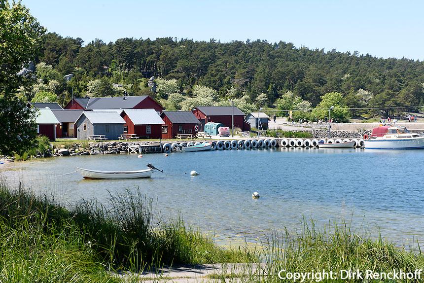 Hafen von Lickershamn auf der Insel Gotland, Schweden, Europa<br /> port of Lickershamn, Isle of Gotland, Sweden