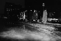 ARCHIVE -<br /> Pluie au centre-ville, 20 decembre 1973<br /> <br /> Photo : Agence Quebec Presse  - Alain Renaud