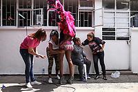 BOGOTÁ - COLOMBIA, 22-09-2017: Como parte de la celebración del día de las Mercedes, patrona de los reclusos, se realizó el reinado de las reclusas en la cárcel del Buen Pastor en Bogotá, mayor centro penitenciario femenino de Colombia. / As part of the celebration of the Mercedes, the patron saint of prisoners, the beauty contest of the inmates was held at the Buen Pastor prison in Bogota, bigest female penitentiary Colombia. Photo: VizzorImage / Ivan Valencia / CONT
