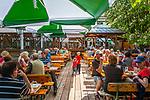Deutschland, Bayern, Oberpfalz, Naturpark Oberer Bayerischer Wald, Koetztinger Land, Bad Koetzting: Gasthof Lindner-Braeu, beim Kurpark | Germany, Bavaria, Upper Palatinate, Nature Park Upper Bavarian Forest, Bad Koetzting: Inn Lindner-Braeu, near spa gardens