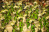 Imperatriz Leopolinense Samba School, Carnival, Rio de Janeiro, Brazil, 26th February 2017. Samba dancers dressed in green with green feather headdresses to represent the forest and its people.