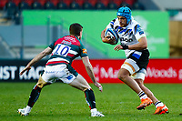 3rd January 2021; Welford Road Stadium, Leicester, Midlands, England; Premiership Rugby, Leicester Tigers versus Bath Rugby; Zach Mercer of Bath Rugby with a shimmy takes on George Ford of Leicester Tigers