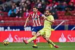 Gabriel Fernandez Arenas, Gabi (L), of Atletico de Madrid fights for the ball with Sergio Mora Sanchez of Getafe CF during the La Liga 2017-18 match between Atletico de Madrid and Getafe CF at Wanda Metropolitano on January 06 2018 in Madrid, Spain. Photo by Diego Gonzalez / Power Sport Images