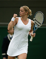 27-6-06,England, London, Wimbledon, first round match, Kim Clijsters in jubilation