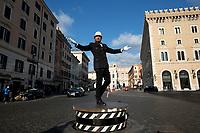 26.03.2021 - La Danza Del Vigile - The Roman Traffic Officer Returns At Piazza Venezia