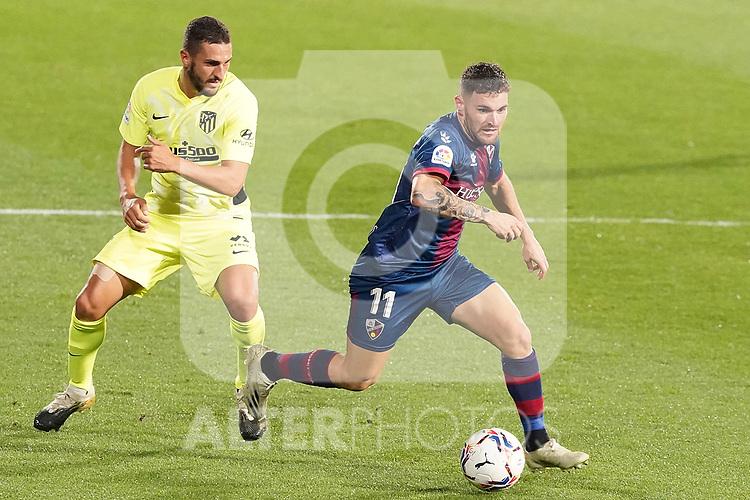 SD Huesca's Javi Galan (r) and Atletico de Madrid's Koke Resurreccion during La Liga match. September 30,2020. (ALTERPHOTOS/Acero)