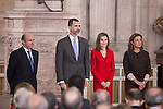 Spanish Minister Luis de Guindos (L) and Royals King Felipe VI of Spain and Queen Letizia of Spain attend the 2014 Spanish Investigation Awards at Royal Palace in Madrid, Spain. January 15, 2015. (ALTERPHOTOS/Victor Blanco)