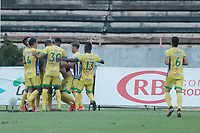 NEIVA – COLOMBIA, 14-11-2020: Atlético Huila y Tigres T.F.C. en partido por la fecha 17 del Torneo BetPlay DIMAYOR 2020 jugado en el estadio Guillermo Plazas Alcid de Neiva. / Atletico Huila and Tigres T.F.C. in match for the date 17 as part of BetPlay DIMAYOR Tournament 2020 played at Guillermo Plazas Alcid stadium in Neiva city. Photos: VizzorImage / Sergio Reyes / Cont