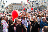 Contestazione della manifestazione organizzata da No194, comitato referendario per l'abolizione della legge 194. Milano, 11 aprile, 2015. <br />