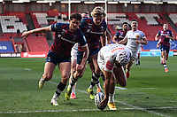 23rd April 2021; Ashton Gate Stadium, Bristol, England; Premiership Rugby Union, Bristol Bears versus Exeter Chiefs; Tom O'Flaherty of Exeter Chiefs runs in a try under pressure from Piers O'Conor of Bristol Bears