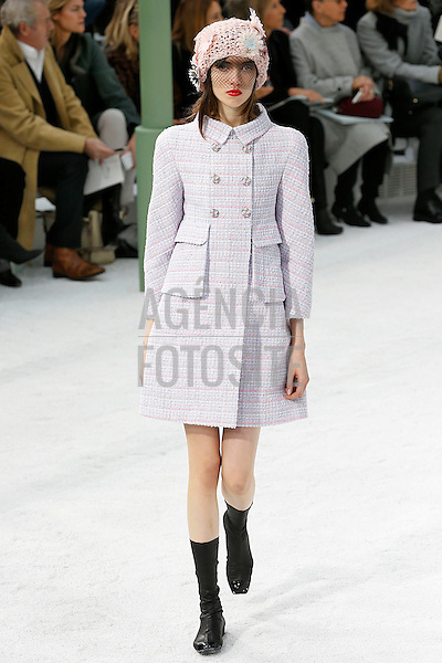 Chanel<br /> <br /> Alta Costura- Verao 2015<br /> <br /> <br /> foto: FOTOSITE