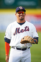 Binghamton Mets shortstop Phillip Evans (13) warms up before a game against the Trenton Thunder on May 29, 2016 at NYSEG Stadium in Binghamton, New York.  Trenton defeated Binghamton 2-0.  (Mike Janes/Four Seam Images)