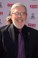 LOS ANGELES - APR 28:  Leonard Maltin at the TCM Classic Film Festival Opening Night Red Carpet at the TCL Chinese Theater IMAX on April 28, 2016 in Los Angeles, CA