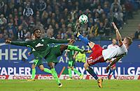 31.09.2017, Football 1. Bundesliga 2017/2018, 7.  match day, Hamburger SV - SV Werder Bremen, Volksparkstadium Hamburg.  Ulisses Garcia (Werder Bremen)  -  Andre Hahn (Hamburg)  *** Local Caption *** © pixathlon<br /> <br /> +++ NED + SUI out !!! +++<br /> Contact: +49-40-22 63 02 60 , info@pixathlon.de