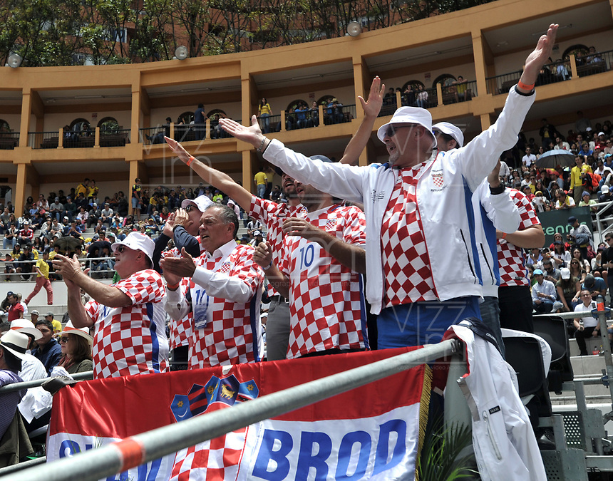 BOGOTA - COLOMBIA – 17 – 09 -2019: Fanáticos de Croacia, durante partido de la Copa Davis entre los equipos de Colombia y Croacia, partidos por el ascenso al Grupo Mundial de Copa Davis por BNP Paribas, en la Plaza de Toros La Santamaria en la ciudad de Bogota. / Fans of Croatia, during a Davis Cup match between the teams of Colombia and Croatia, match promoted to the World Group Davis Cup by BNP Paribas, at the La Santamaria Ring Bull in Bogota city. / Photo: VizzorImage / Luis Ramirez / Staff.