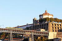Dom Luis I bridge tram Na Sra da serra do pilar monastery vila nova de gaia porto portugal