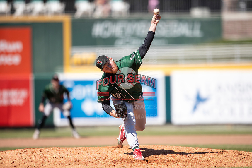 Great Lakes Loons pitcher Braidyn Fink (52) delivers a pitch to the plate on May 30, 2021 against the Lansing Lugnuts at Jackson Field in Lansing, Michigan. (Andrew Woolley/Four Seam Images)