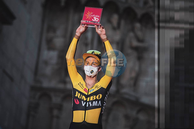 Defending Champion Primoz Roglic (SLO) Jumbo-Visma wins Stage 1 of La Vuelta d'Espana 2021, a 7.1km individual time trial around Burgos, Spain. 14th August 2021.   <br /> Picture: Unipublic/Charly Lopez   Cyclefile<br /> <br /> All photos usage must carry mandatory copyright credit (© Cyclefile   Unipublic/Charly Lopez)