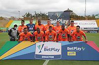 BOGOTÁ- COLOMBIA, 12-03-2021:Jugadores del Envigado posan para una foto previo al partido por la fecha 12 entre La Equidad y Envigado  como parte de la Liga BetPlay DIMAYOR 2021 jugado en el estadio Metropolitano de Techo de la ciudad de Bogotá / Players of Envigado  pose to a photo prior Match for the date 12  between La Equidad and Envigado  as part of the BetPlay DIMAYOR League I 2021 played at Metropolitano de Techo  stadium in Bogota city. Photo: VizzorImage / Felipe Caicedo / Staff