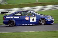 #4 Yvan Muller (F). Vauxhall Motorsport. Vauxhall Astra Coupé.