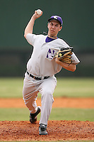 February 22, 2009:  Pitcher Zach Morton (24) of Northwestern University during the Big East-Big Ten Challenge at Naimoli Complex in St. Petersburg, FL.  Photo by:  Mike Janes/Four Seam Images