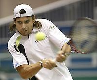 21-2-06, Netherlands, tennis, Rotterdam, ABNAMROWTT, Ferrer in action against Minar