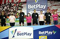 BOGOTA - COLOMBIA, 17-10-2021: Independiente Santa Fe y Millonarios F. C., en partido de la fecha 14 por la Liga BetPlay DIMAYOR II 2021 en el estadio Nemesio Camacho El Campin de la ciudad de Bogota. / Independiente Santa Fe and Millonarios F. C. in a match of the 14th date for the BetPlay DIMAYOR II 2021 League at the Nemesio Camacho El Campin Stadium in Bogota city. / Photos: VizzorImage / Luis Ramirez / Staff.
