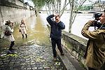 A Paris le niveau de la Seine approche les 6 mètres ce vendredi 3 juin.<br /> Paris 3 juin 2016<br /> ©Nicolas Righetti/ Lundi13