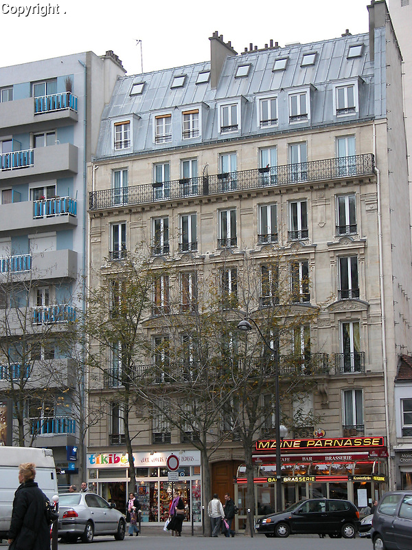 The building in Paris where Guy was born on January 13, 1943