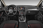 Straight dashboard view of a 2009 - 2012 Audi Q5 Ambiente 5 Door Suv 4WD