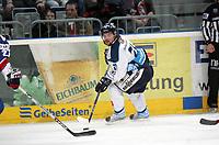 Trevor Gallant (Straubing)<br /> Adler Mannheim vs. Straubing Tigers, SAP Arena<br /> *** Local Caption *** Foto ist honorarpflichtig! zzgl. gesetzl. MwSt. <br /> Auf Anfrage in hoeherer Qualitaet/Aufloesung. Belegexemplar an: Marc Schueler, Am Ziegelfalltor 4, 64625 Bensheim, Tel. +49 (0) 6251 86 96 134, www.gameday-mediaservices.de. Email: marc.schueler@gameday-mediaservices.de, Bankverbindung: Volksbank Bergstrasse, Kto.: 151297, BLZ: 50960101