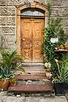 Schweiz, Kanton St. Gallen, Sarganserland, Sargans: alte Tuer | Switzerland, Canton St. Gallen, Sarganserland, Sargans: old door