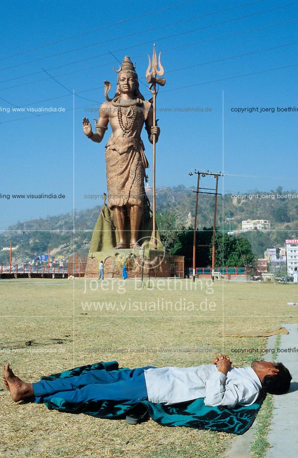 "S?dasien Asien Indien IND Haridwar am Fluss Ganges Schlafender an Shiva Statue  - Tourismus Hinduismus Hindu Hindus Religion xagndaz | .Asia India Haridwar or Hardwar at River ganges Ganga Shiva Statue - Religion Hinduism .| [ copyright (c) Joerg Boethling / agenda , Veroeffentlichung nur gegen Honorar und Belegexemplar an / publication only with royalties and copy to:  agenda PG   Rothestr. 66   Germany D-22765 Hamburg   ph. ++49 40 391 907 14   e-mail: boethling@agenda-fototext.de   www.agenda-fototext.de   Bank: Hamburger Sparkasse  BLZ 200 505 50  Kto. 1281 120 178   IBAN: DE96 2005 0550 1281 1201 78   BIC: ""HASPDEHH"" ,  WEITERE MOTIVE ZU DIESEM THEMA SIND VORHANDEN!! MORE PICTURES ON THIS SUBJECT AVAILABLE!! INDIA PHOTO ARCHIVE: http://www.visualindia.net ] [#0,26,121#]"