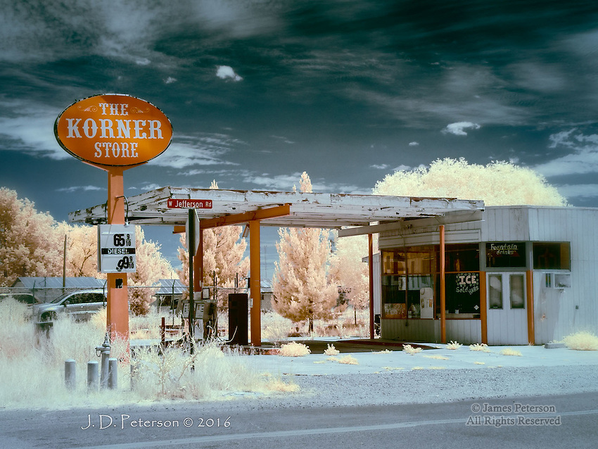Ice Sold Here: Elfrida, Arizona (Infrared)