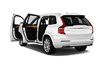 Car images close up view of a 2018 Volvo XC90 4WD Inscription 5 Door SUV doors