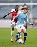 Keira Walsh of Manchester City Women and Paige Bailey-Gayle of Arsenal Women